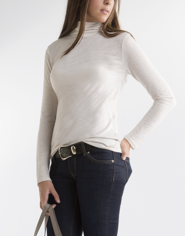 Beige t-shirt with turtle neck