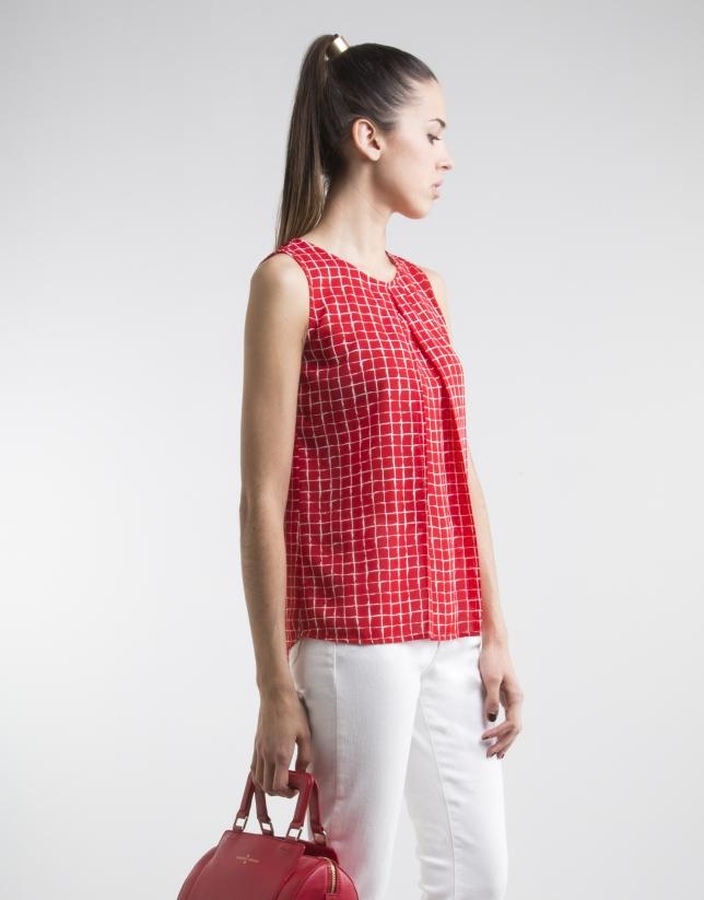 Top à plis et carreaux rouges