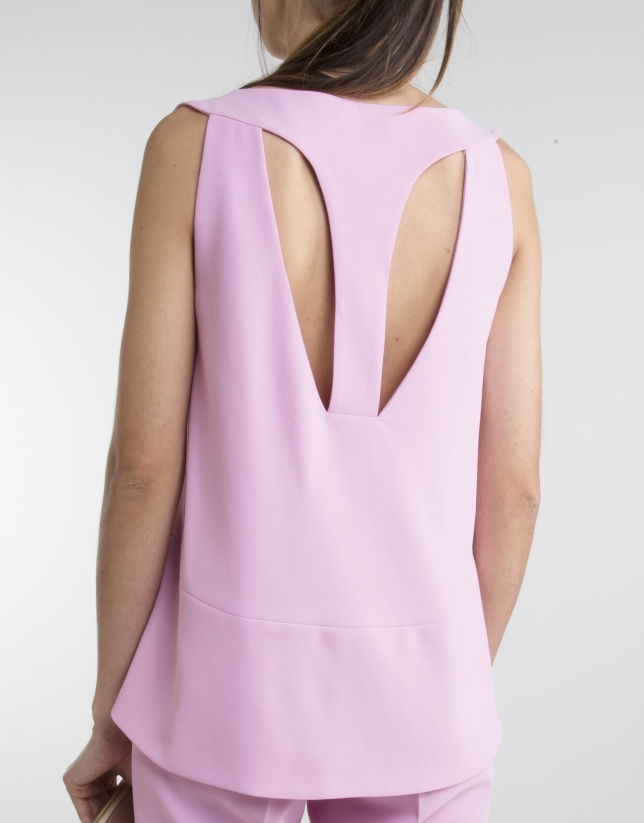 Pink bell-shaped top