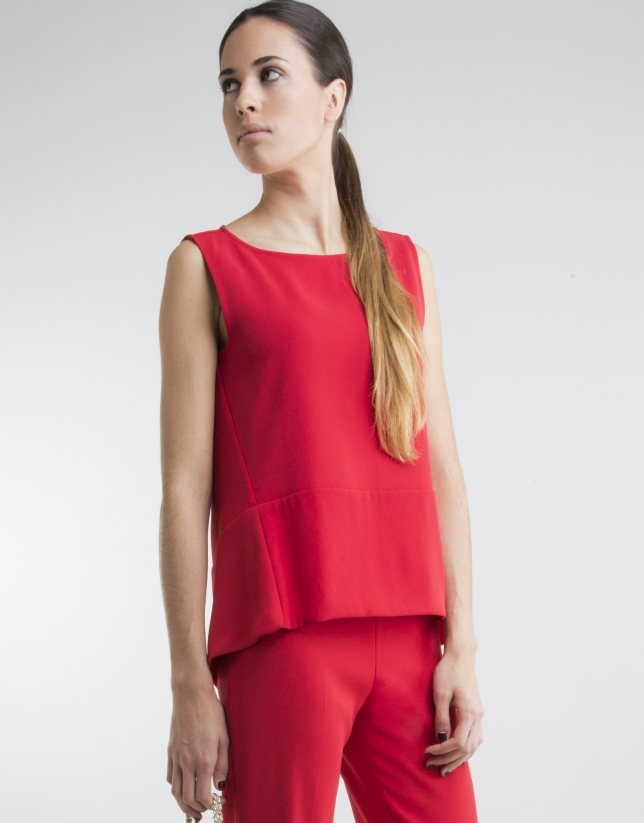 Red bell-shaped top