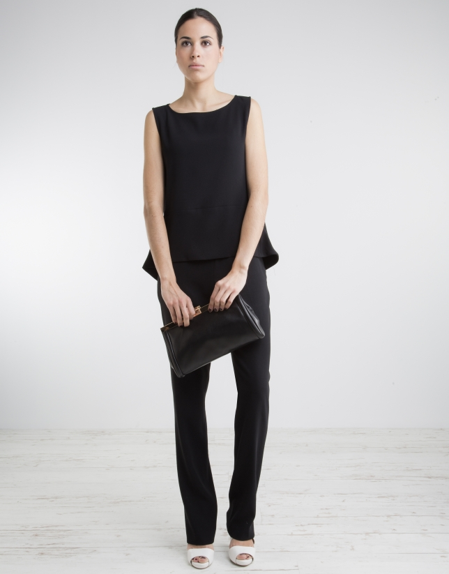 Black bell-shaped top