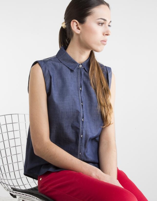 Sleeveless navy blue shirt