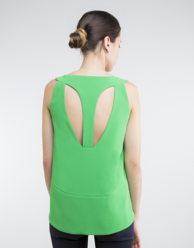 Green bell-shaped top