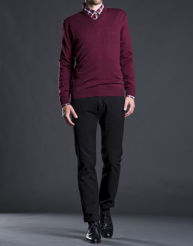 Basic burgundy knit sweater