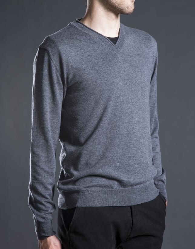 Basic gray knit sweater
