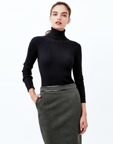 Grey straight skirt