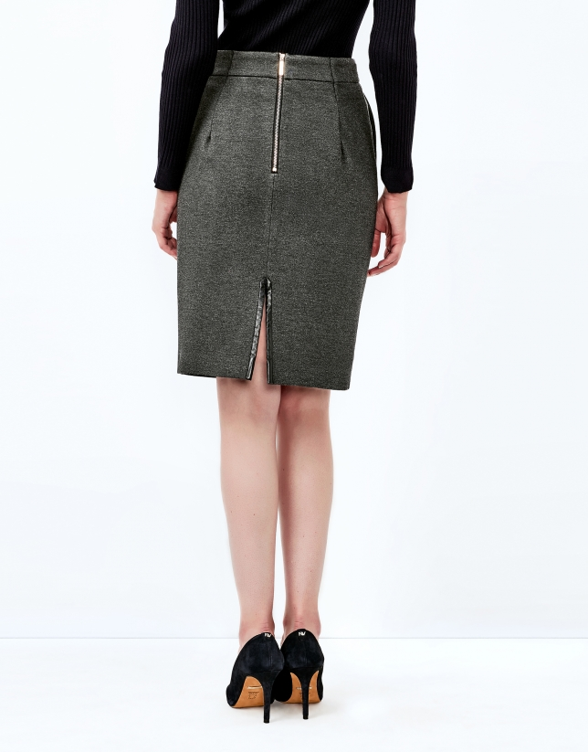 Falda recta gris