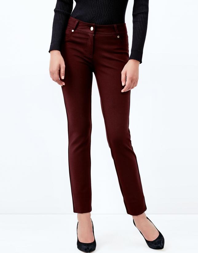 Pantalon cinq poches aubergine