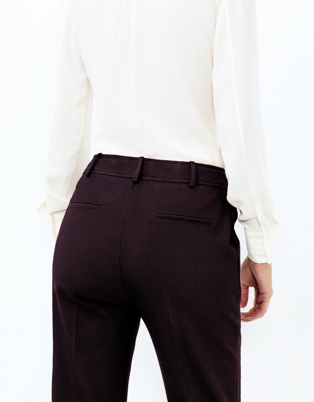 Pantalón crepe berenjena