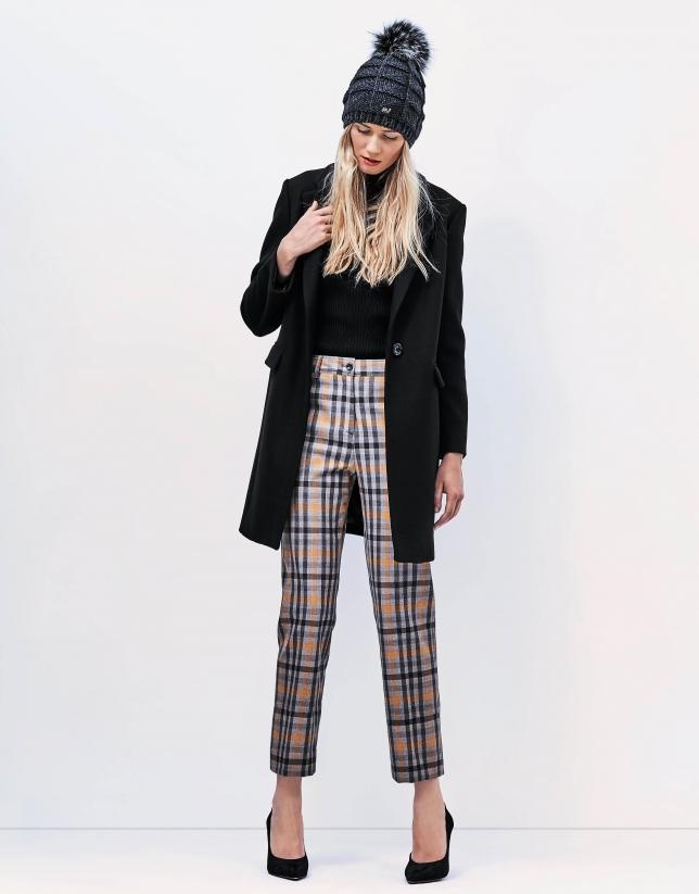 Black short coat - Coats and Jackets - Woman | Roberto Verino