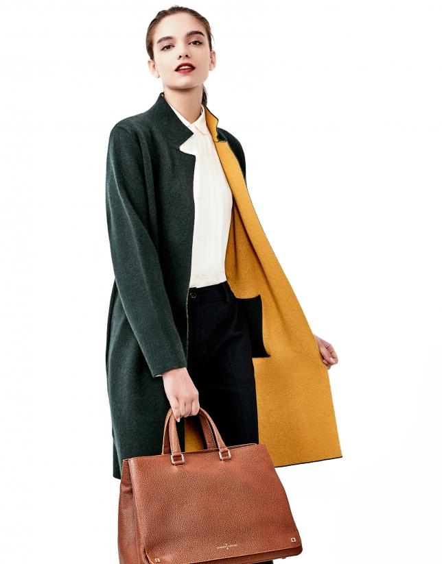 Manteau en maille vert