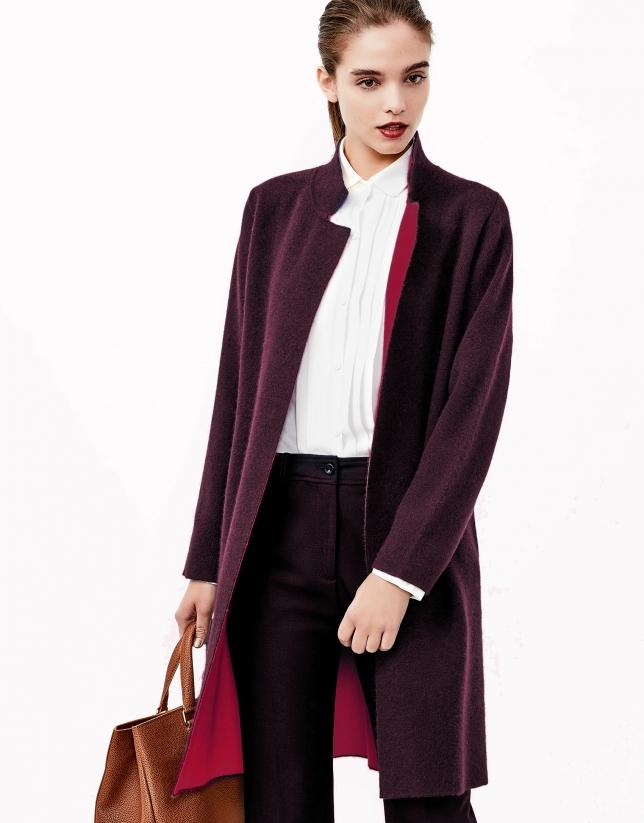 Manteau en maille aubergine