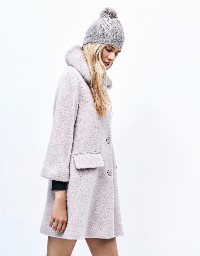 Abrigo corto beige