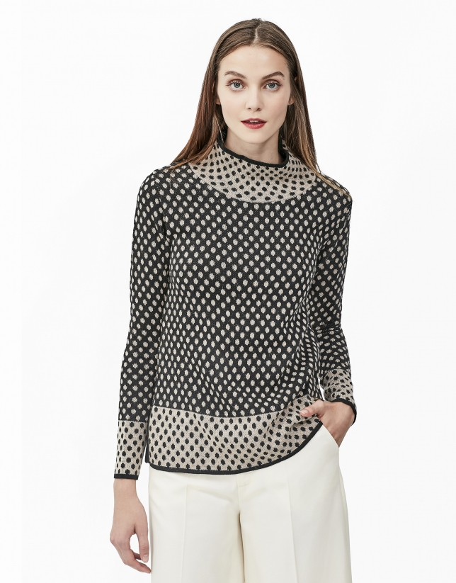 Grey jacquard sweater with polka dots