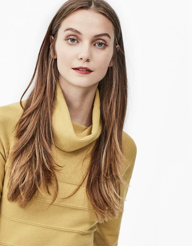 Mustard turtle neck sweater