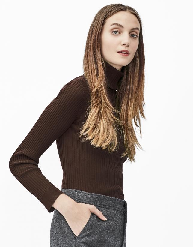Pull côtelé marron