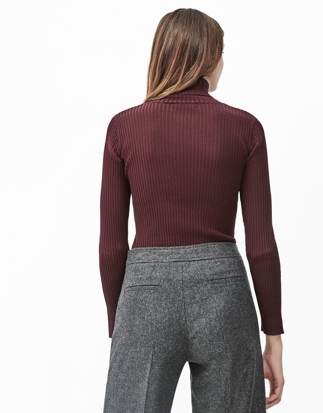 Aubergine ribbed sweater