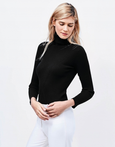 Black ribbed sweater