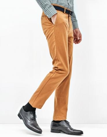 Pantalon chino doré