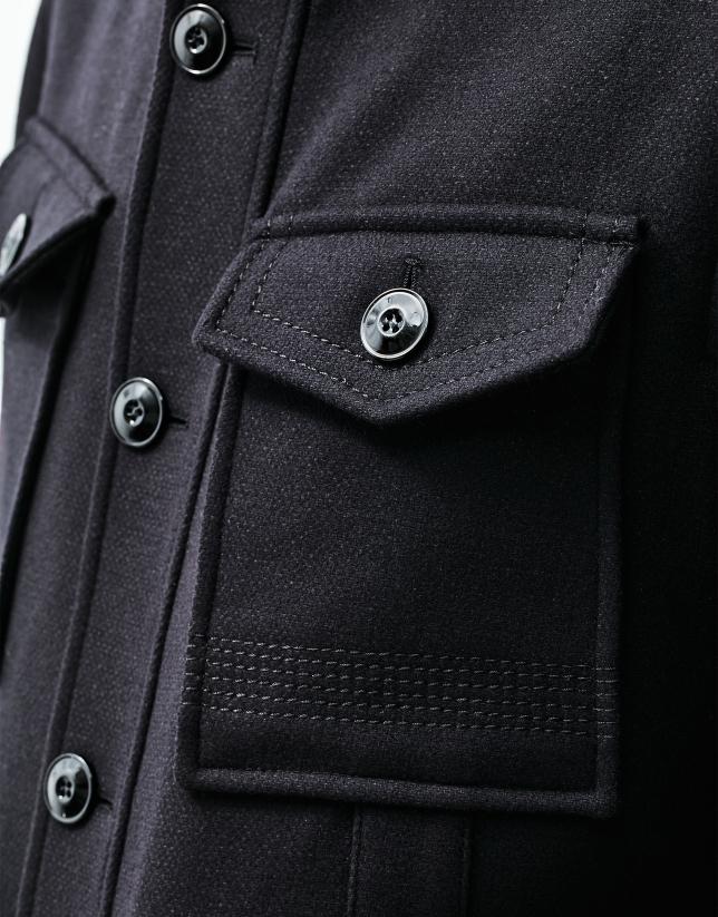 Blue cloth three-quarter jacket