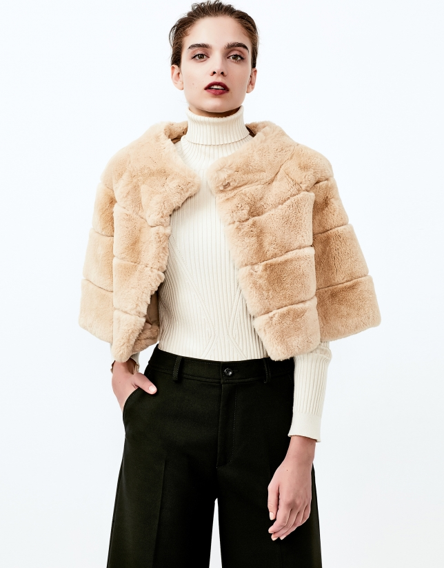 Beige fur short cape