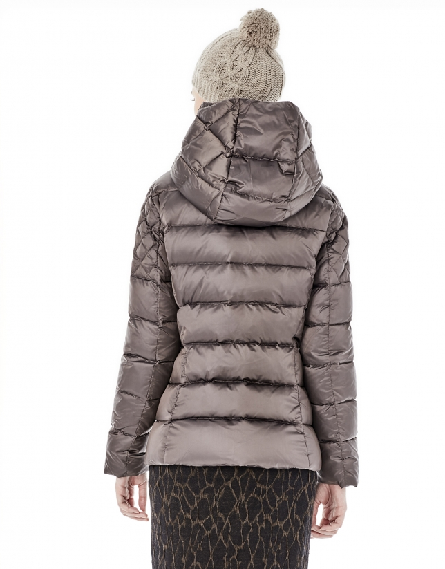 Brown short ski jacket
