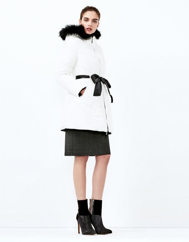 Off white/black reversible ski jacket