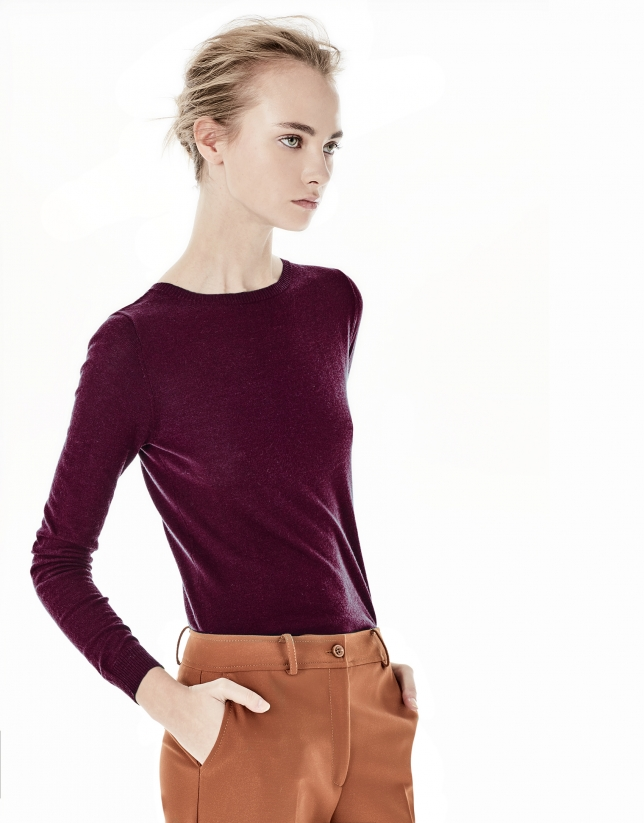 Plain burgundy top