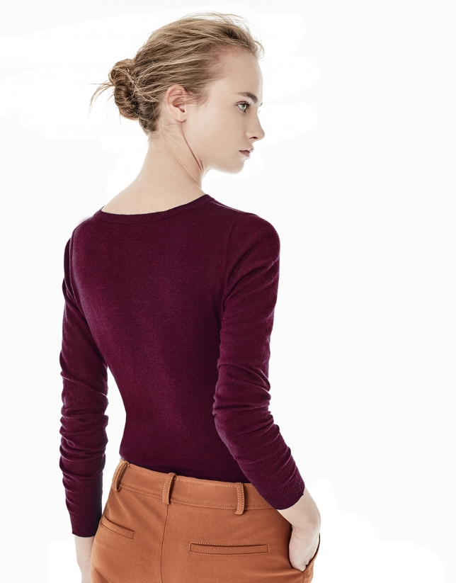 Plain burgundy top