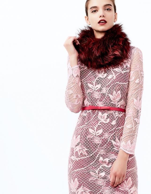 Robe à dentelle rose