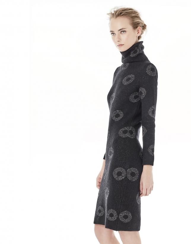 Robe noire en maille