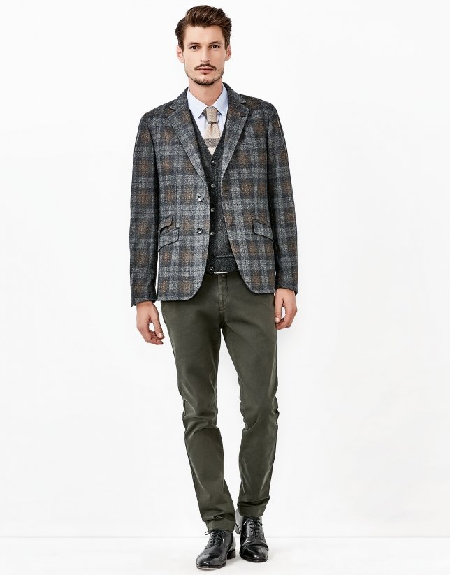 Gray and brown knit jacket