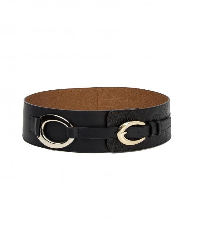 Black belt with buckles