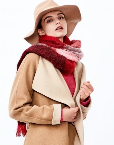 Fuchsia geometric scarf