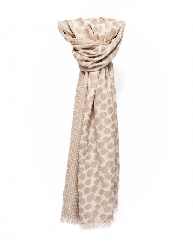 Beige and camel scarf