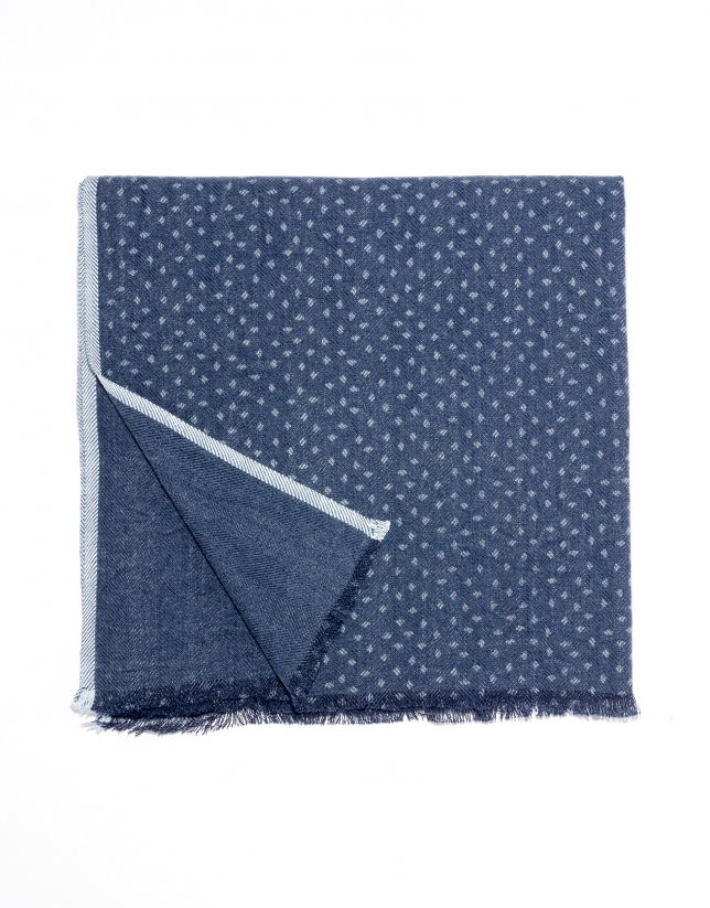 Blue dotted scarf