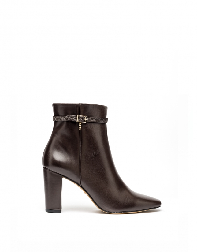 Porto ankle boots