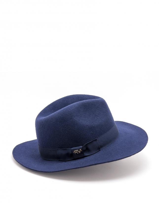 Chapeau bleu nuit