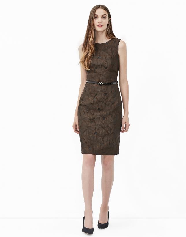 Vestido jacquard marrón
