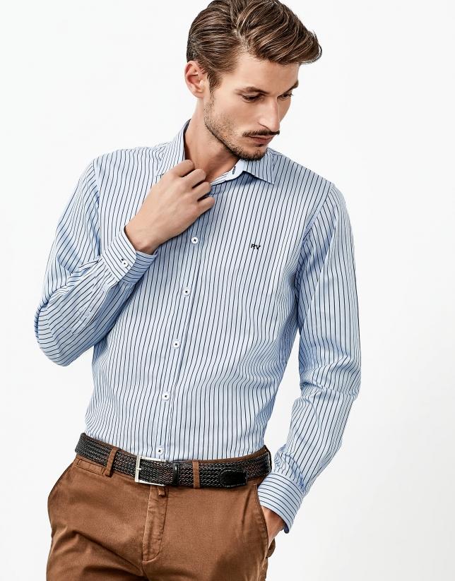 Chemise de costume bleue à milleraies