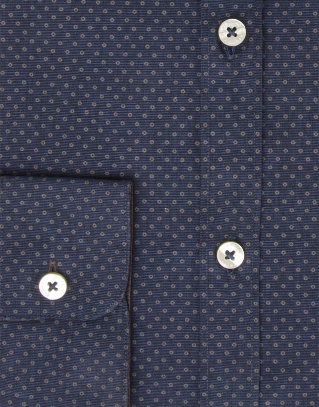 Chemise à petits pois bleus