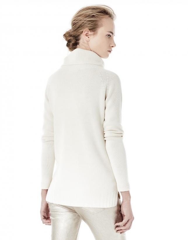 Jersey cuello chimenea blanco roto