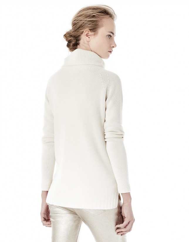 Off white sweater with stovepipe collar