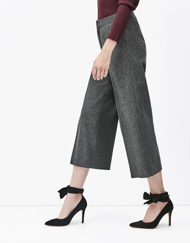 Pantalón culotte gris oscuro