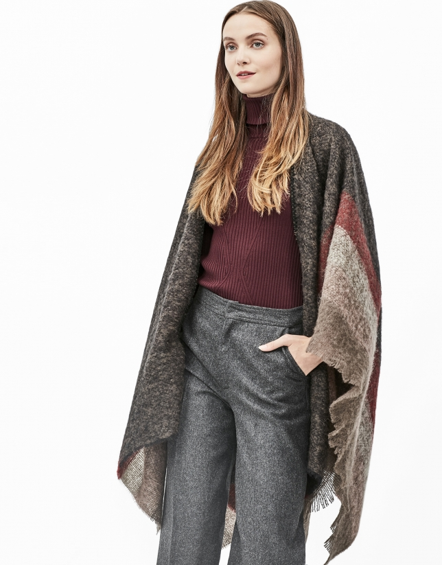 Brown checked cape