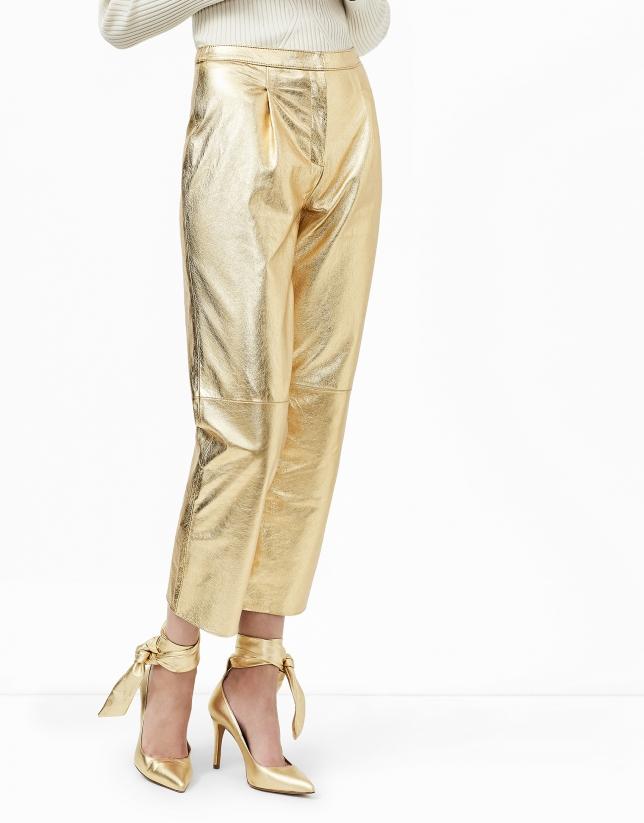 Pantalon baggy en cuir métallisé or