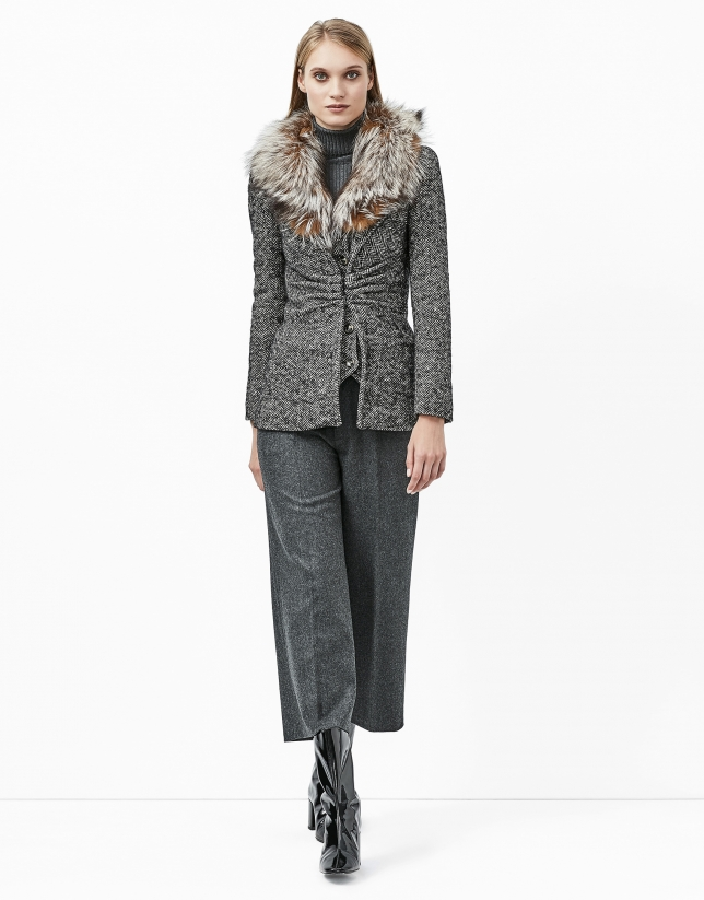 Chaqueta tweed gris