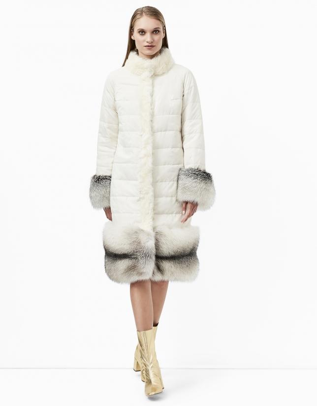 Manteau en cuir blanc cassé réversible
