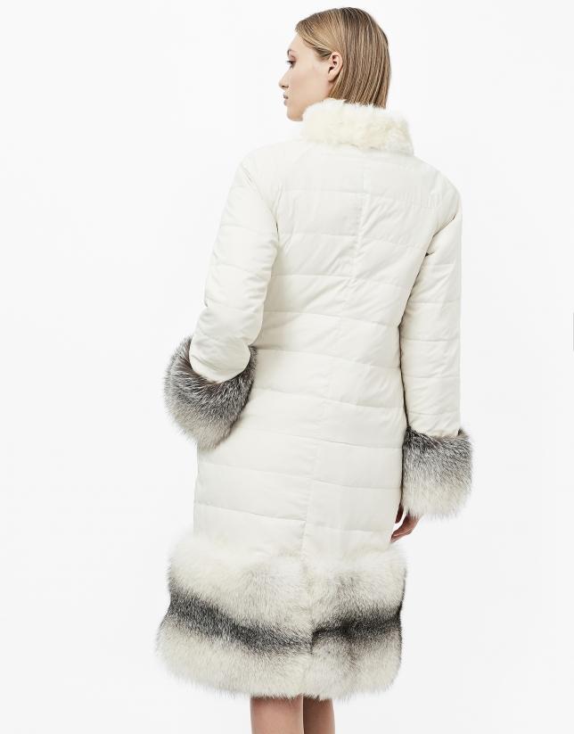 Abrigo reversible pelo blanco roto