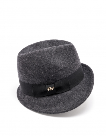 Sombrero gris ala corta